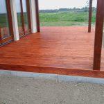 taras z drewna modrzewia syberyjskiego